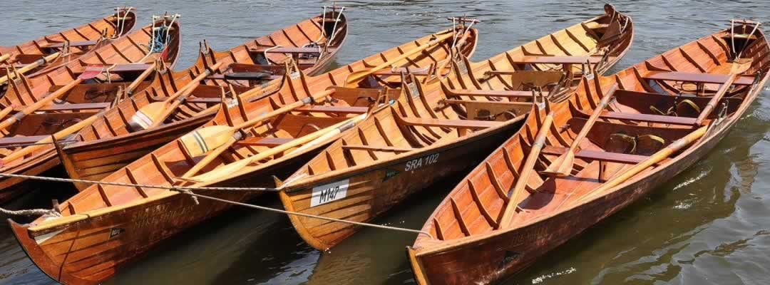 skiffs-in-a-row